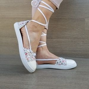 Shoes - Lace Up Flower Print Spring Sneaker Sandal-R